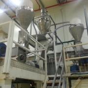 """מערך קמח פניאומטי, הכולל מיכל שקילה (מקבל מהמיכל הראשי) ושני ציקלונטים לפני אקסטרודרים, במפעל חדש """"מנה"""", בבית שמש"""